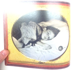 Dead child memorial photo