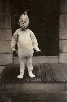 The Thing on the Doorstep, H.P. Lovecraft - 1920's Halloween costume